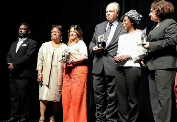Instituto ABIHPEC é um dos homenageados nos 35 anos do Conselho de Participação e Desenvolvimento da Comunidade Negra